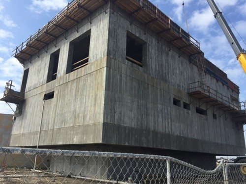 The 59th Street Pump Station has no doors, windows, or minor pipe penetrations below a 25-foot elevation; PENETRON ADMIX treated all concrete below that level.