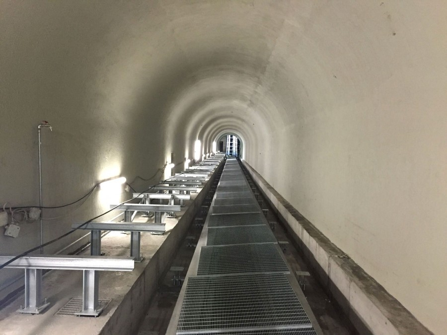 The rehabilitated tunnel is now dry and spotless – the waterproof and durable PENETRON-treated concrete foundation will ensure many decades of problem-free service.