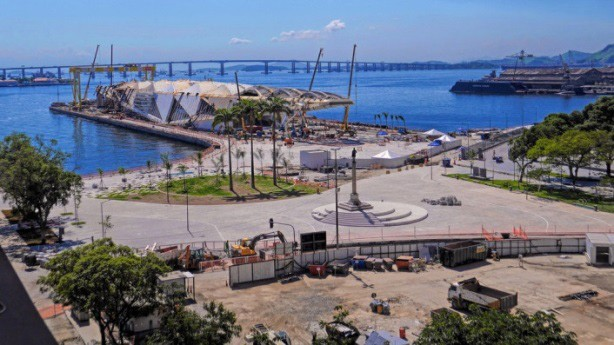 The final stages of construction for the Museu do Amanhã in Rio di Janeiro